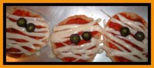 halloween-mummy-pizzas