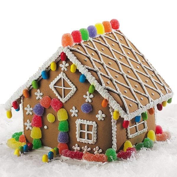手作りお菓子の家 ジンジャーブレッドハウス の飾り付け方法とアイディアいろいろ Interior Design