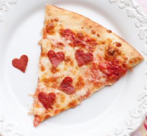 バレンタインピザ