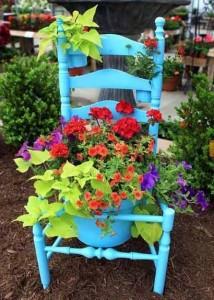 椅子のフラワープランター