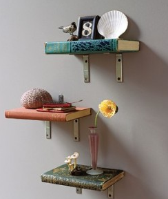 リサイクル本で本棚
