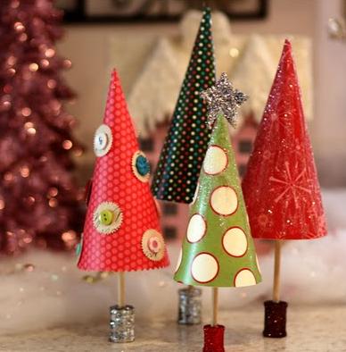 手作りペーパークリスマスツリー
