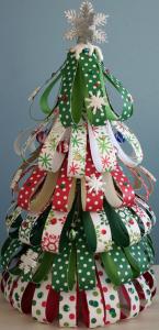 リボンのクリスマスツリー作り方