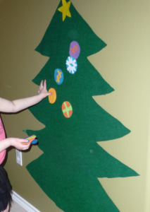 フェルトクリスマスツリー作り方