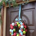 クリスマスリーツ吊るし方