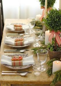ナチュラルクリスマステーブル飾り方