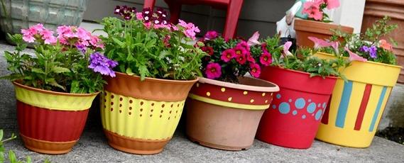 夏の玄関ポーチお花コーディネート