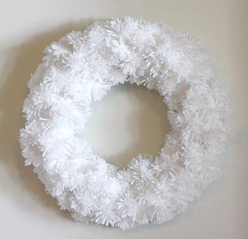 毛糸ボンボンクリスマスリース作り方