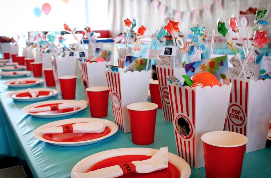 子供誕生日テーブルコーディネート