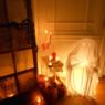 ハロウィン夜に引き立つ飾り付け画像 ライトアップ飾り方